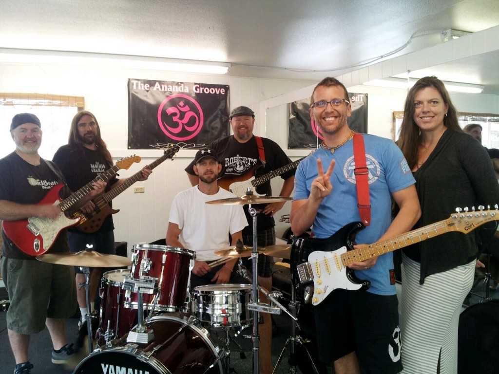 Ananda groove Band
