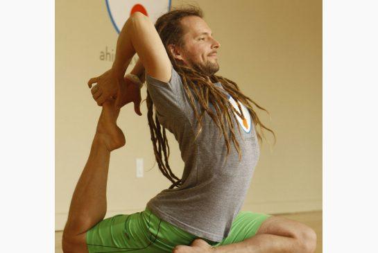 yoga_instructor_jeanpaultamblyn.jpeg.size.xxlarge.letterbox